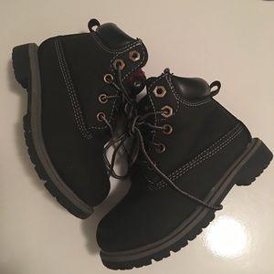 Black timberland like boots